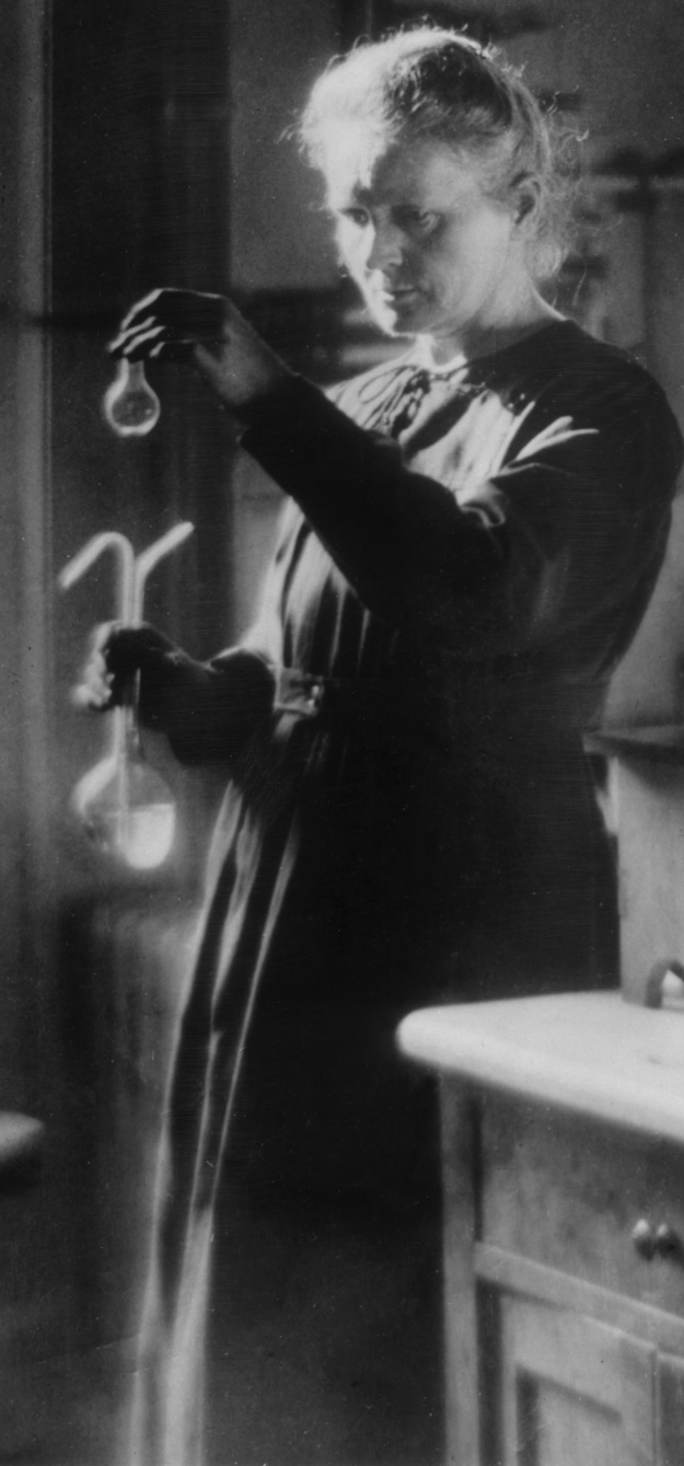 Marie Curie in her lab in 1920.